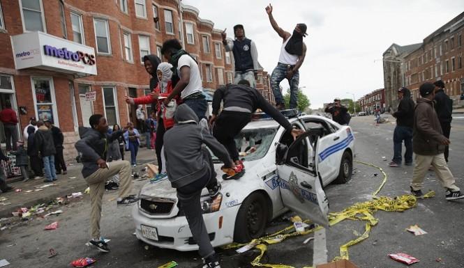"""black lives matter"" riots, Photo: http://ulstermanbooks.com"